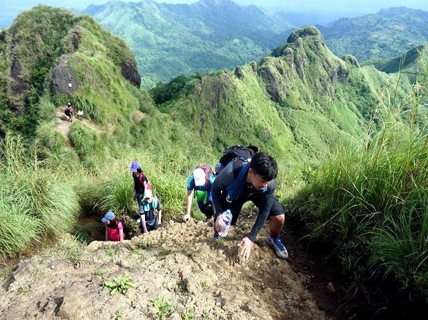 travel packages to mount batulao